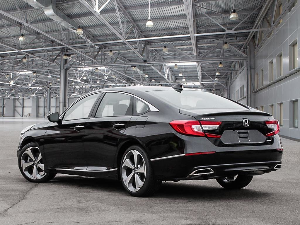 2019 Honda Accord Sedan Touring CVT in Mississauga, Ontario - 4 - w1024h768px