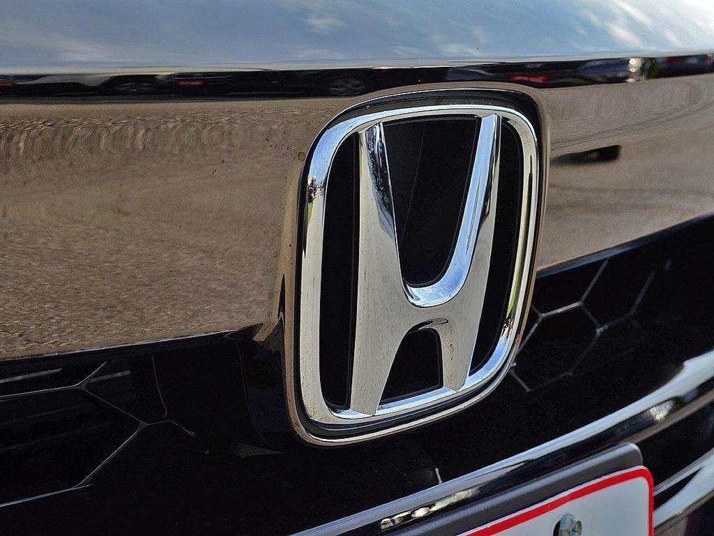 2019 Honda Accord Sedan Sport CVT in Mississauga, Ontario - 9 - w1024h768px