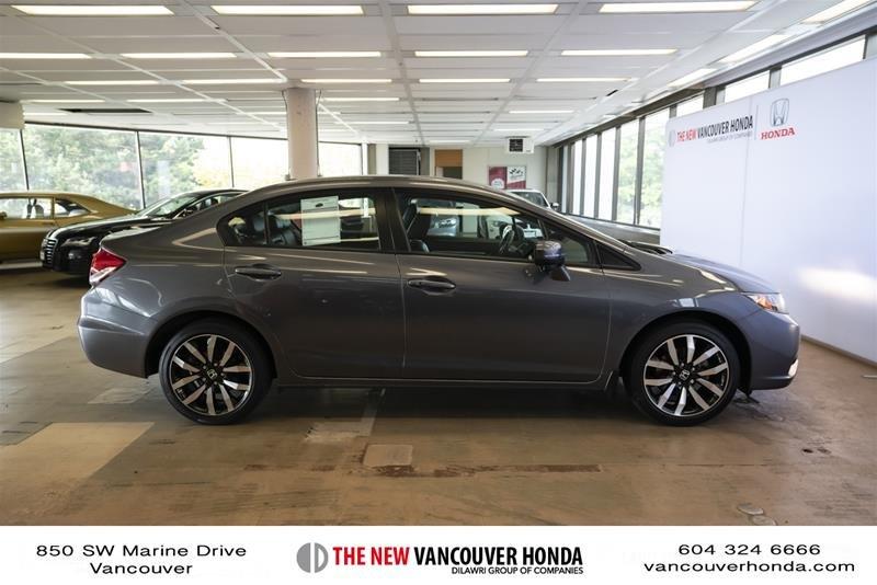 2014 Honda Civic Sedan Touring CVT in Vancouver, British Columbia - 4 - w1024h768px