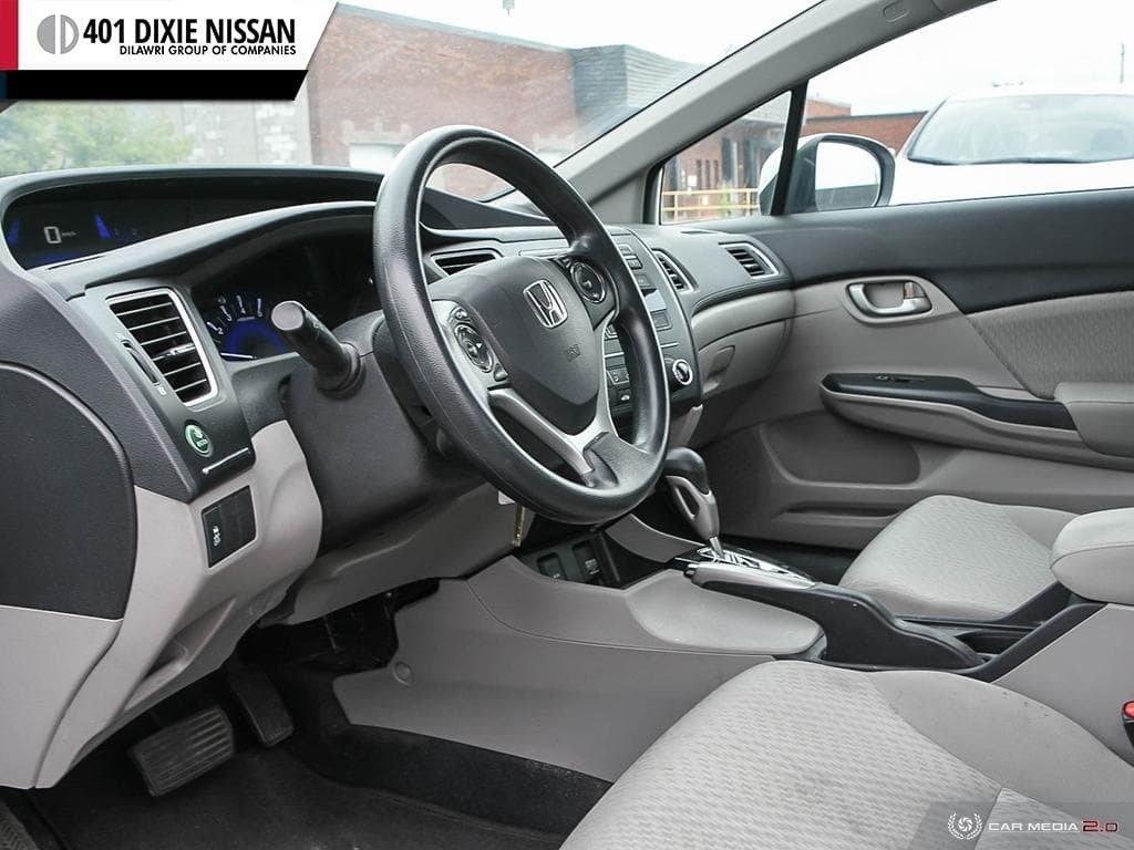 2015 Honda Civic Sedan LX CVT in Mississauga, Ontario - 13 - w1024h768px
