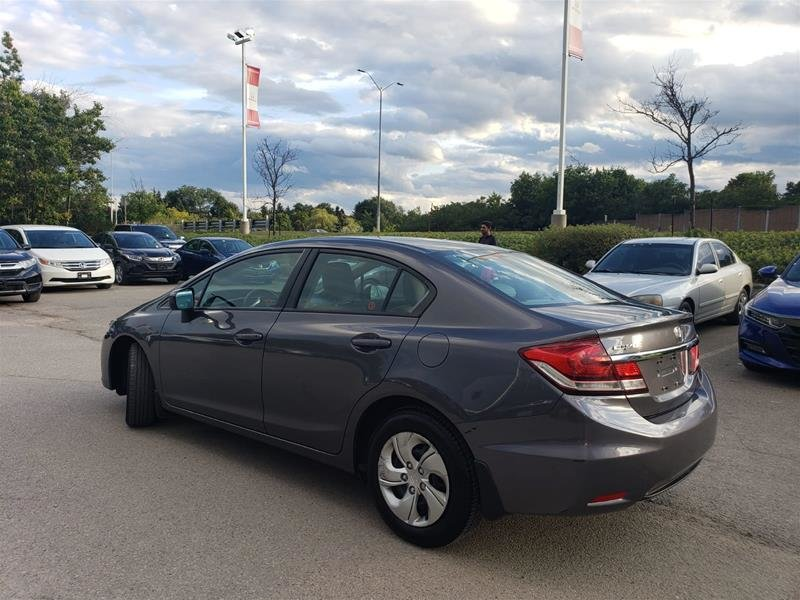 2015 Honda Civic Coupe LX CVT in Mississauga, Ontario - 8 - w1024h768px