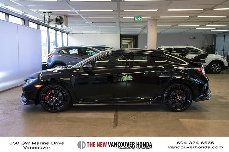 2017 Honda Civic Hatchback Type R 6MT in Vancouver, British Columbia - 31 - w1024h768px