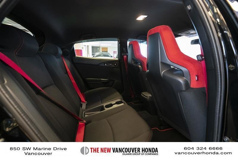 2017 Honda Civic Hatchback Type R 6MT in Vancouver, British Columbia - 37 - w1024h768px
