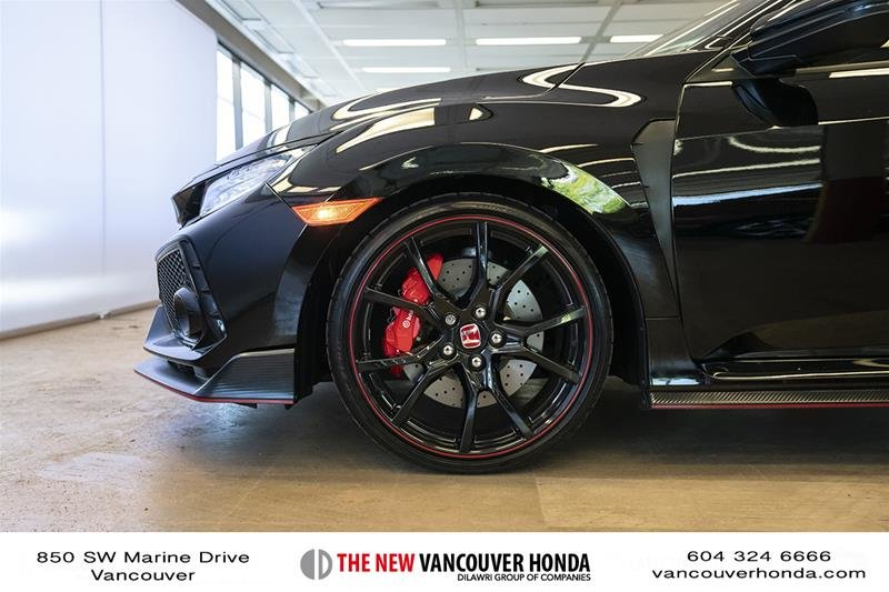 2017 Honda Civic Hatchback Type R 6MT in Vancouver, British Columbia - 10 - w1024h768px
