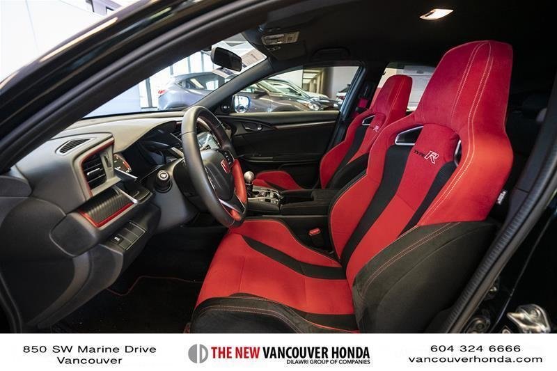 2017 Honda Civic Hatchback Type R 6MT in Vancouver, British Columbia - 33 - w1024h768px