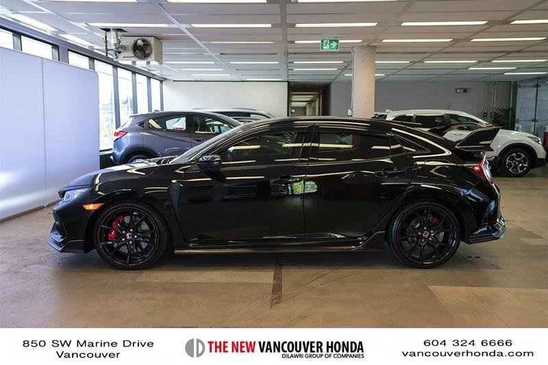2017 Honda Civic Hatchback Type R 6MT in Vancouver, British Columbia - 9 - w1024h768px