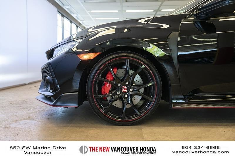 2017 Honda Civic Hatchback Type R 6MT in Vancouver, British Columbia - 32 - w1024h768px