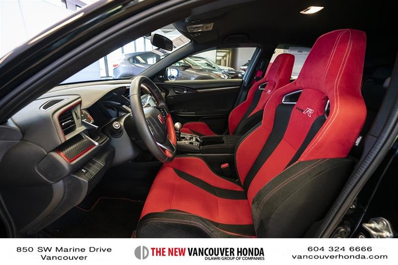 2017 Honda Civic Hatchback Type R 6MT in Vancouver, British Columbia - 11 - w1024h768px