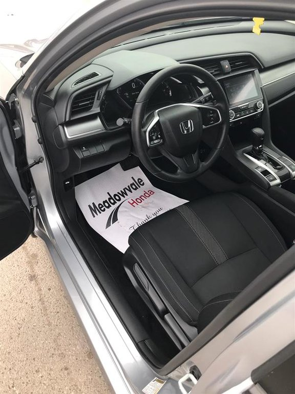 2017 Honda Civic Sedan LX CVT in Mississauga, Ontario - 8 - w1024h768px