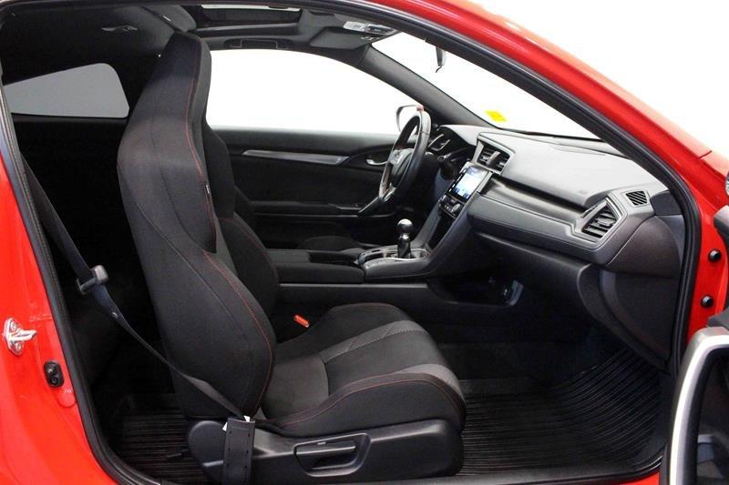 2018 Honda Civic Coupe SI 6MT in Regina, Saskatchewan - 14 - w1024h768px