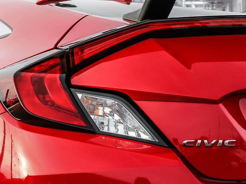 2018 Honda Civic Coupe SI 6MT in Mississauga, Ontario - 11 - w1024h768px