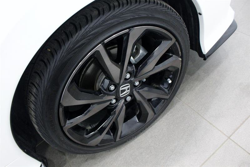 2018 Honda Civic Hatchback Sport HS CVT in Regina, Saskatchewan - 18 - w1024h768px