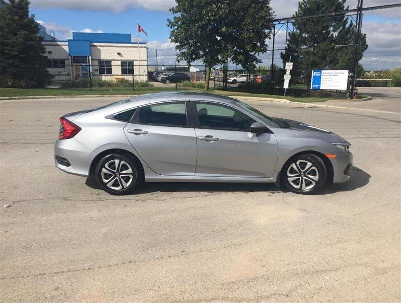 2018 Honda Civic Sedan LX CVT in Mississauga, Ontario - 4 - w1024h768px