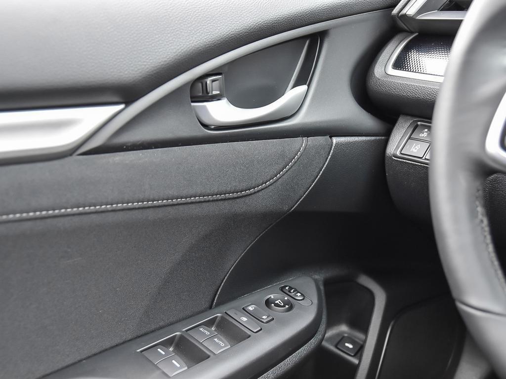 2019 Honda Civic Sedan Sport CVT in Mississauga, Ontario - 16 - w1024h768px