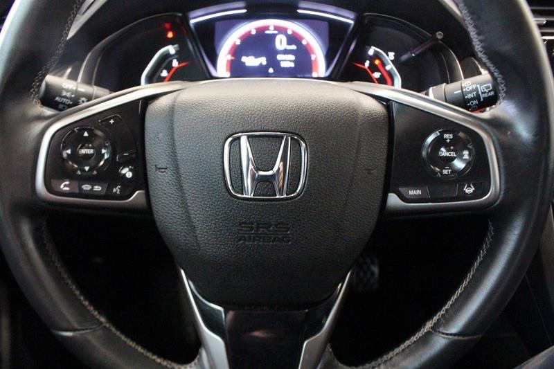 2019 Honda Civic Hatchback Touring MT in Regina, Saskatchewan - 6 - w1024h768px