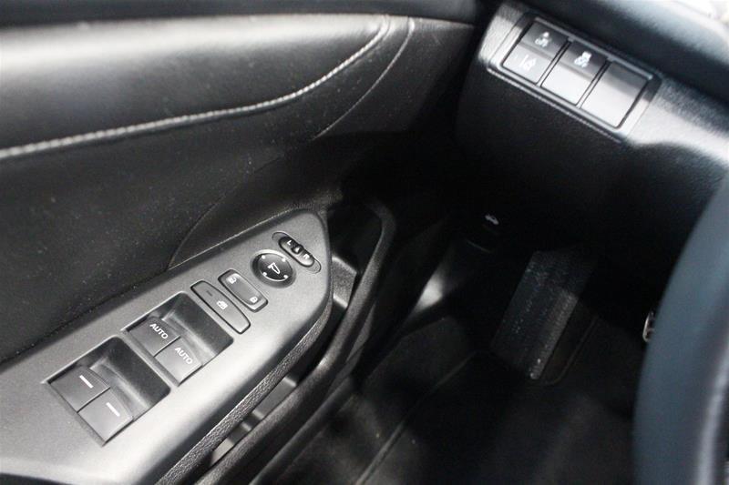 2019 Honda Civic Hatchback Touring MT in Regina, Saskatchewan - 3 - w1024h768px