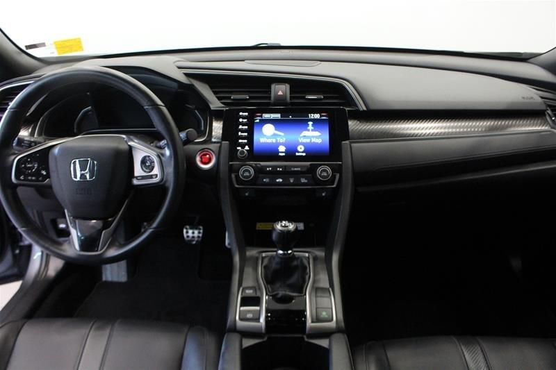 2019 Honda Civic Hatchback Touring MT in Regina, Saskatchewan - 14 - w1024h768px