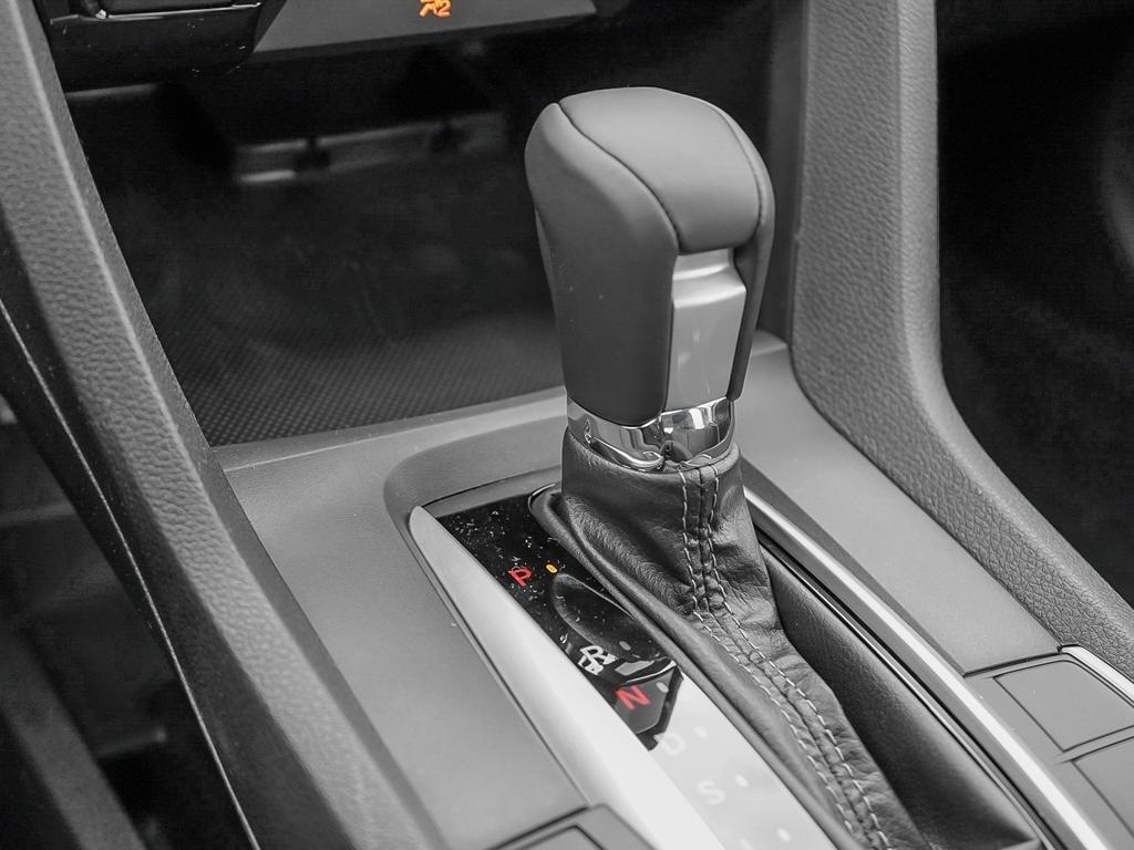 2019 Honda Civic Sedan EX CVT in Mississauga, Ontario - 17 - w1024h768px