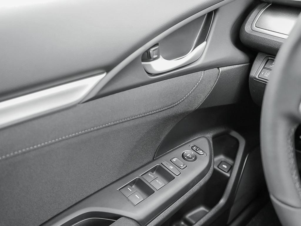 2019 Honda Civic Sedan EX CVT in Mississauga, Ontario - 16 - w1024h768px