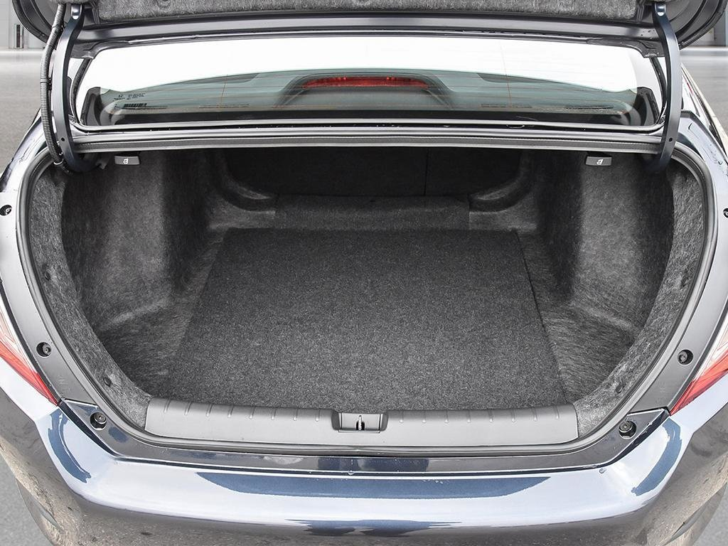 2019 Honda Civic Sedan EX CVT in Mississauga, Ontario - 7 - w1024h768px
