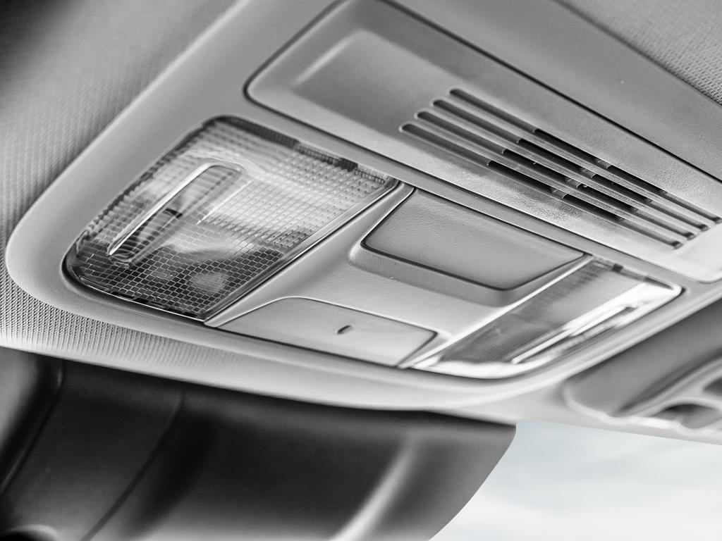 2019 Honda Civic Sedan LX CVT in Markham, Ontario - 19 - w1024h768px