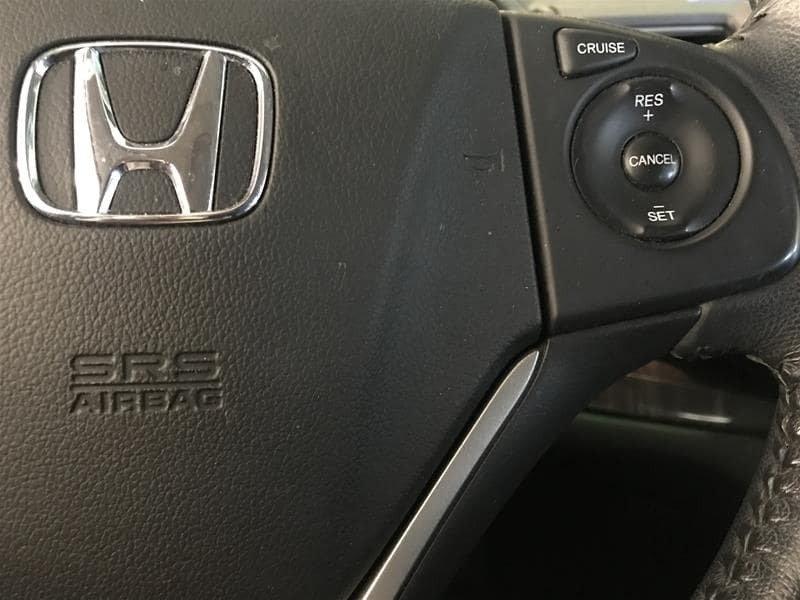 2014 Honda CR-V Touring AWD in Markham, Ontario - 11 - w1024h768px