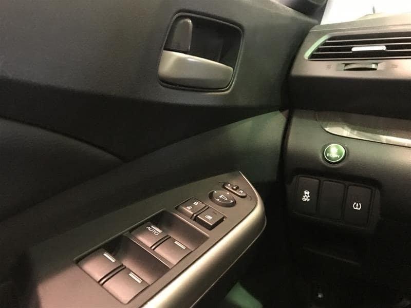 2014 Honda CR-V Touring AWD in Markham, Ontario - 15 - w1024h768px