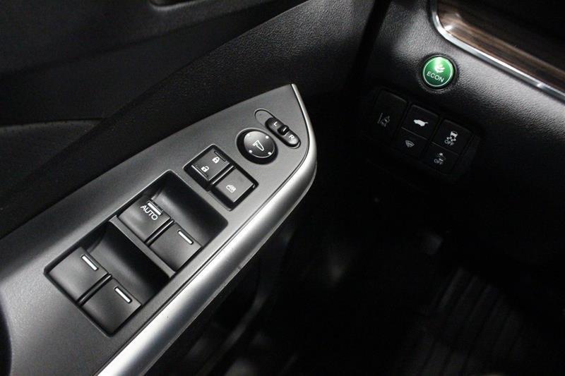 2016 Honda CR-V Touring AWD in Regina, Saskatchewan - 3 - w1024h768px