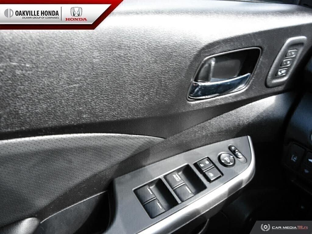 2016 Honda CR-V Touring AWD in Oakville, Ontario - 17 - w1024h768px
