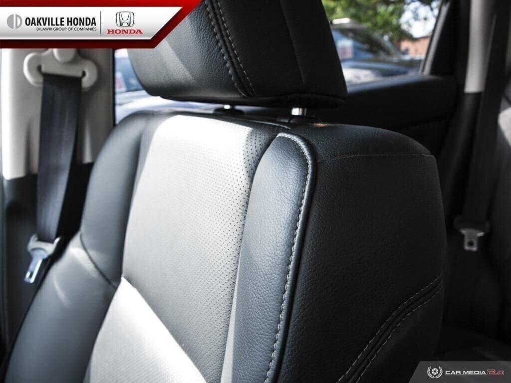 2016 Honda CR-V Touring AWD in Oakville, Ontario - 23 - w1024h768px