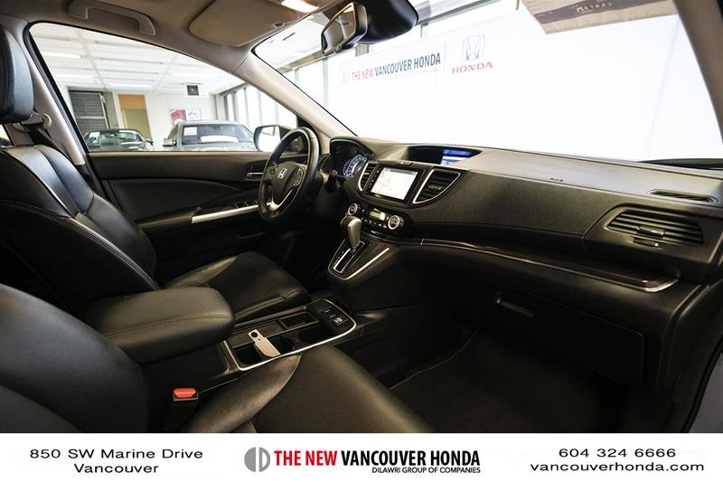 2016 Honda CR-V Touring AWD in Vancouver, British Columbia - 15 - w1024h768px