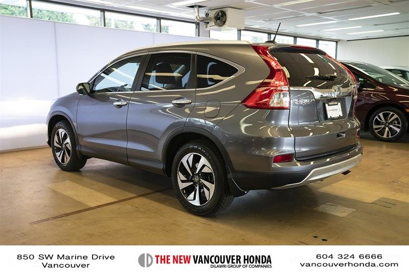 2016 Honda CR-V Touring AWD in Vancouver, British Columbia - 7 - w1024h768px