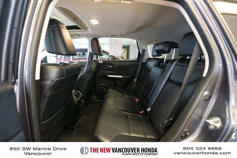 2016 Honda CR-V Touring AWD in Vancouver, British Columbia - 12 - w1024h768px