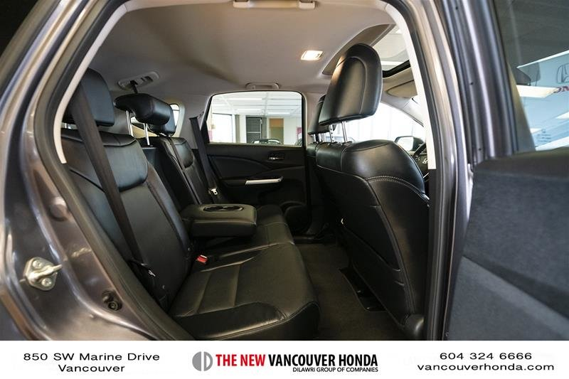 2016 Honda CR-V Touring AWD in Vancouver, British Columbia - 14 - w1024h768px