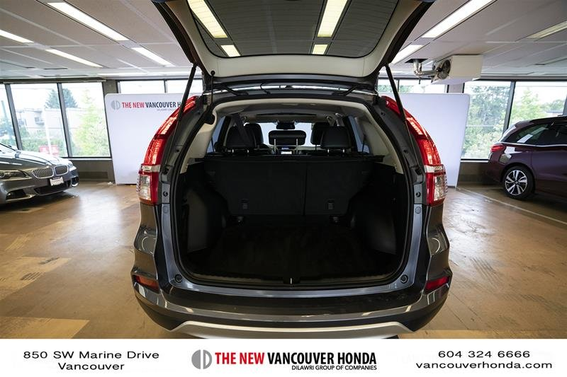 2016 Honda CR-V Touring AWD in Vancouver, British Columbia - 19 - w1024h768px