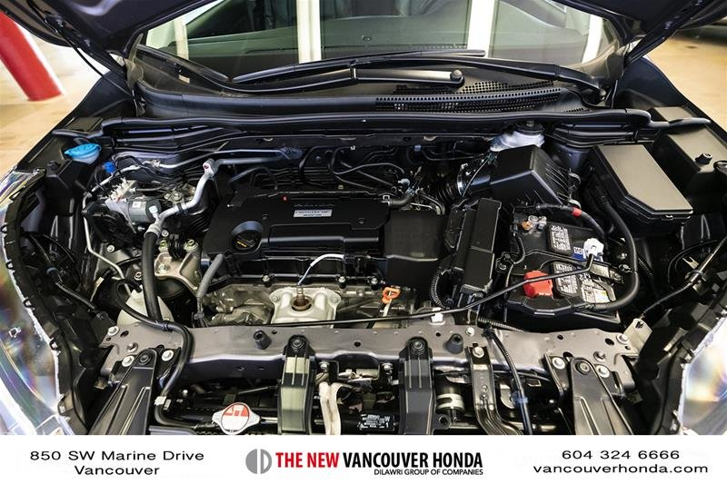 2016 Honda CR-V Touring AWD in Vancouver, British Columbia - 18 - w1024h768px
