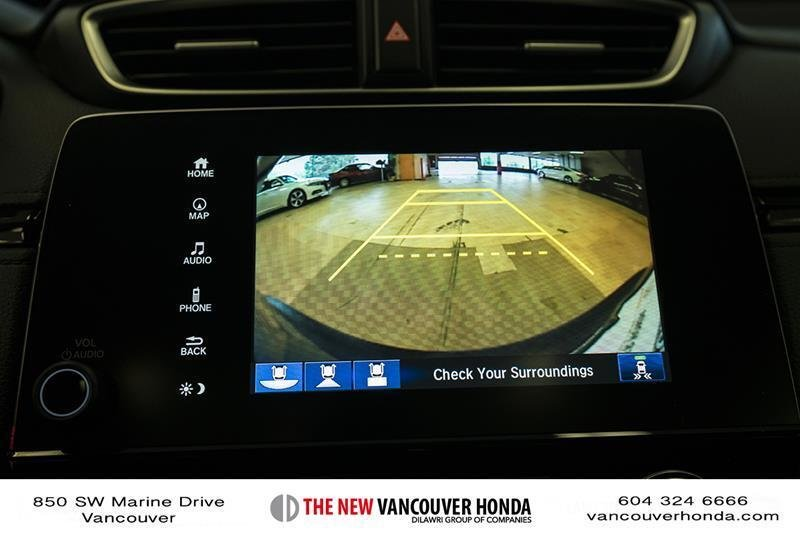 2017 Honda CR-V Touring AWD in Vancouver, British Columbia - 42 - w1024h768px