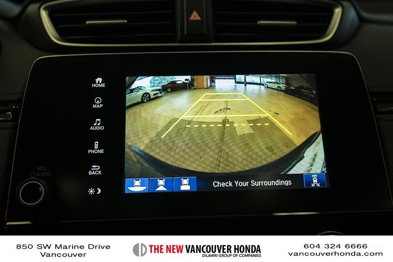 2017 Honda CR-V Touring AWD in Vancouver, British Columbia - 20 - w1024h768px