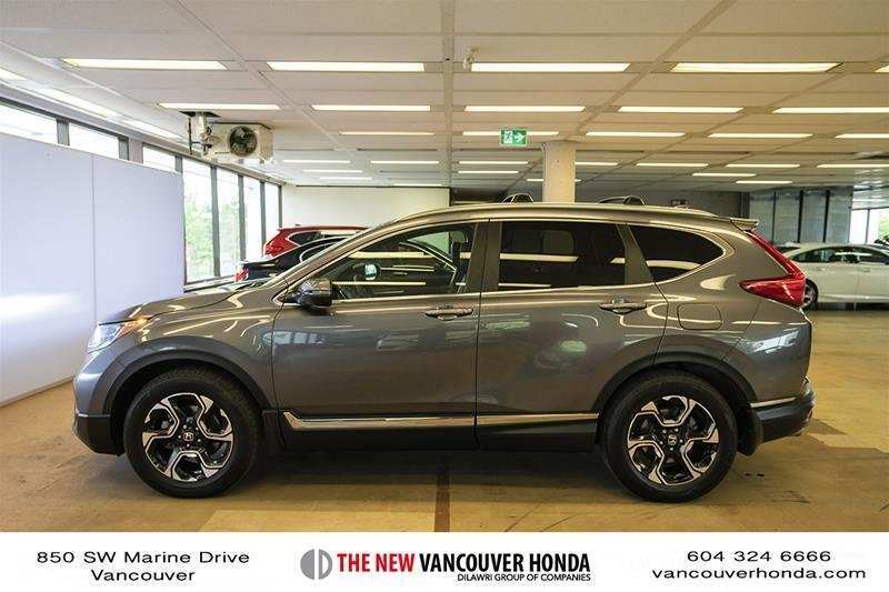 2017 Honda CR-V Touring AWD in Vancouver, British Columbia - 30 - w1024h768px