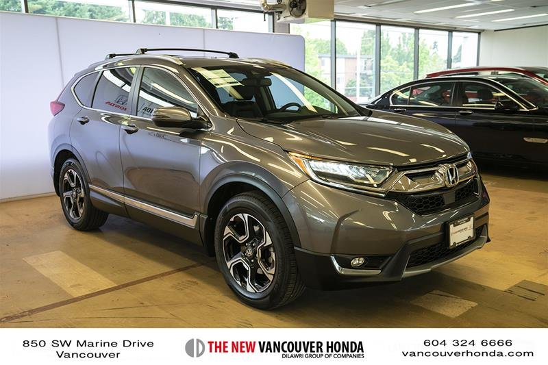 2017 Honda CR-V Touring AWD in Vancouver, British Columbia - 3 - w1024h768px