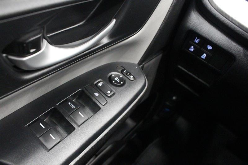 2017 Honda CR-V LX AWD in Regina, Saskatchewan - 3 - w1024h768px