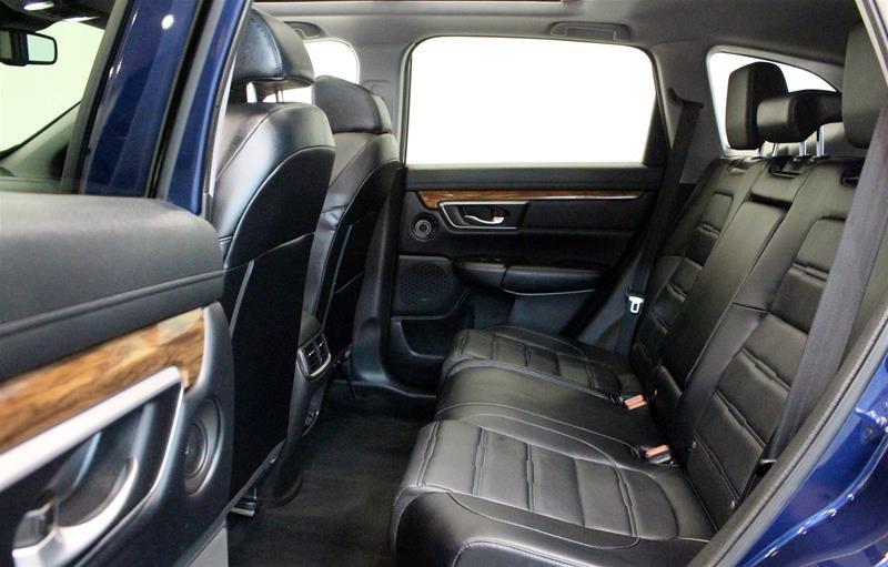 2018 Honda CR-V Touring AWD in Regina, Saskatchewan - 12 - w1024h768px