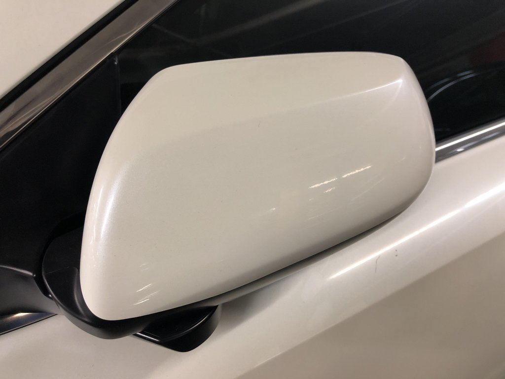 2018 Honda CR-V LX 2WD in Markham, Ontario - 4 - w1024h768px
