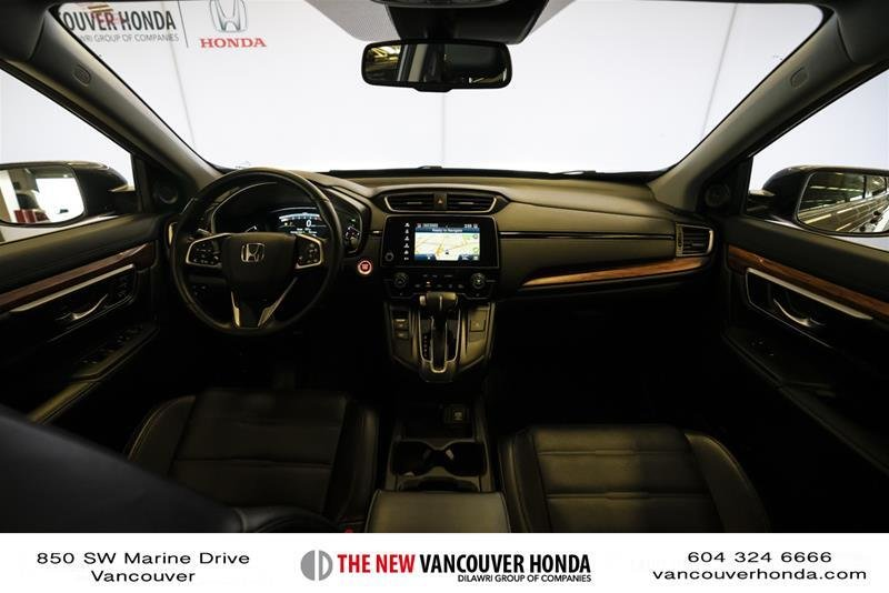 2018 Honda CR-V Touring AWD in Vancouver, British Columbia - 35 - w1024h768px