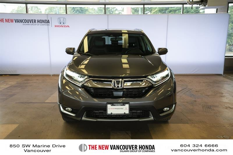 2018 Honda CR-V Touring AWD in Vancouver, British Columbia - 2 - w1024h768px