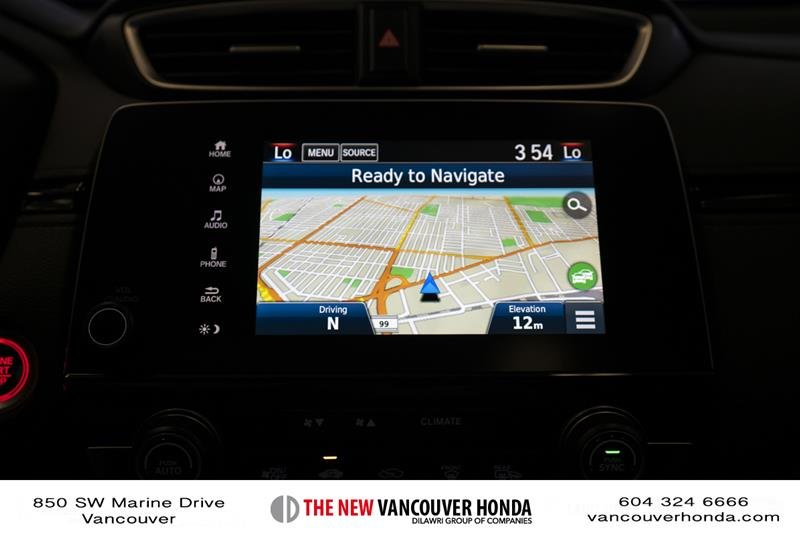 2018 Honda CR-V Touring AWD in Vancouver, British Columbia - 21 - w1024h768px