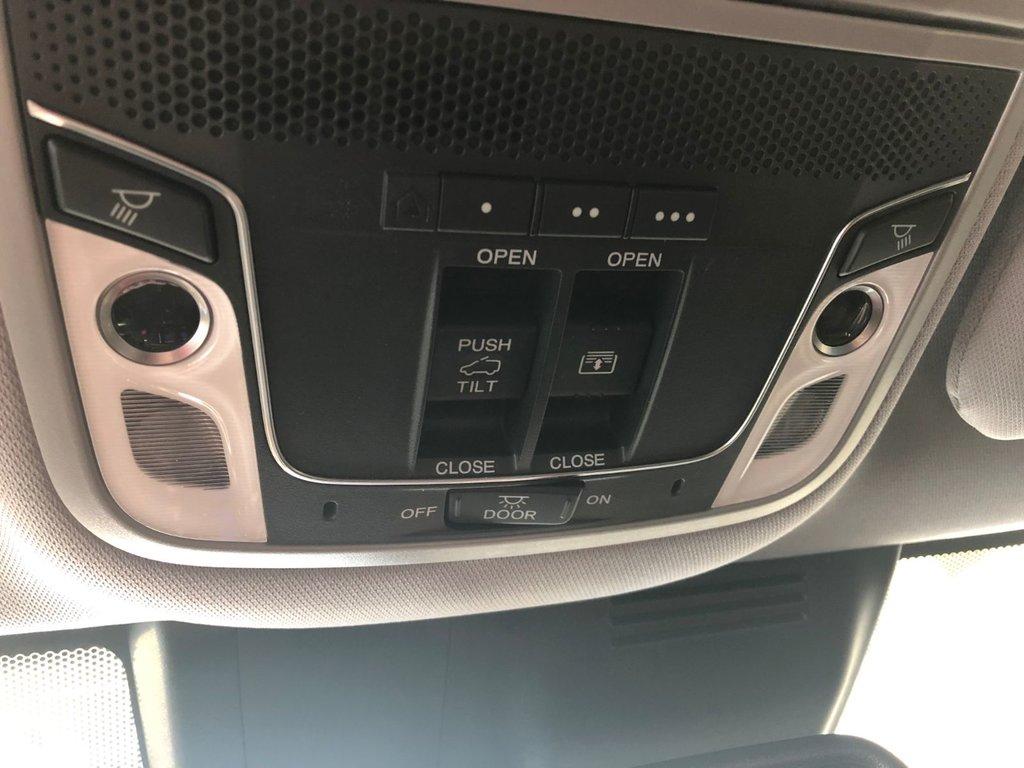 2019 Honda CR-V Touring AWD CVT in Regina, Saskatchewan - 27 - w1024h768px