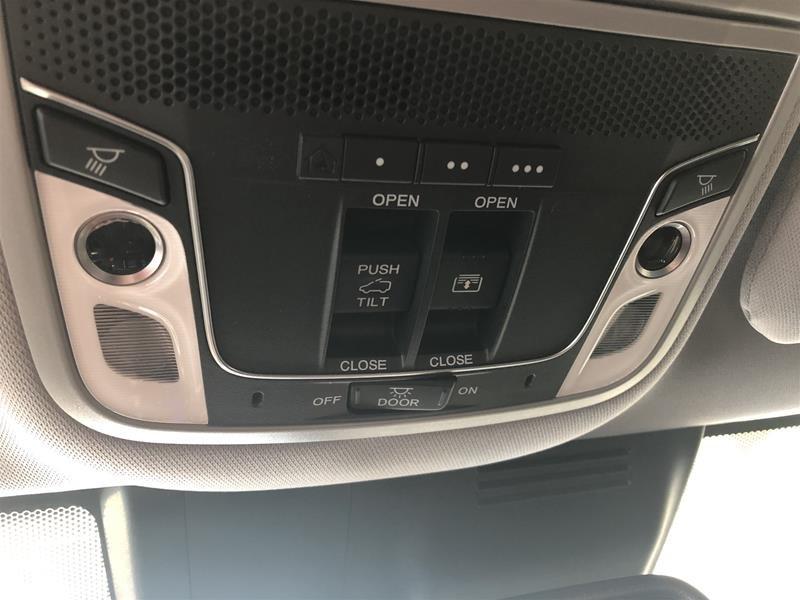2019 Honda CR-V Touring AWD CVT in Regina, Saskatchewan - 10 - w1024h768px