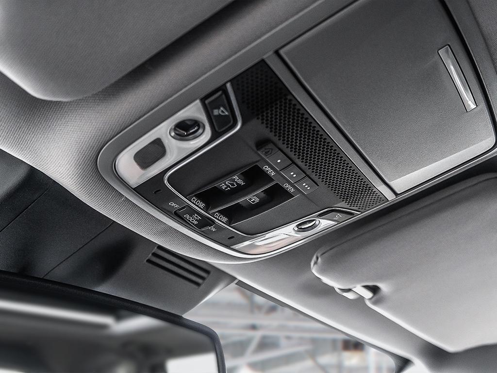 2019 Honda CR-V Touring AWD CVT in Mississauga, Ontario - 19 - w1024h768px
