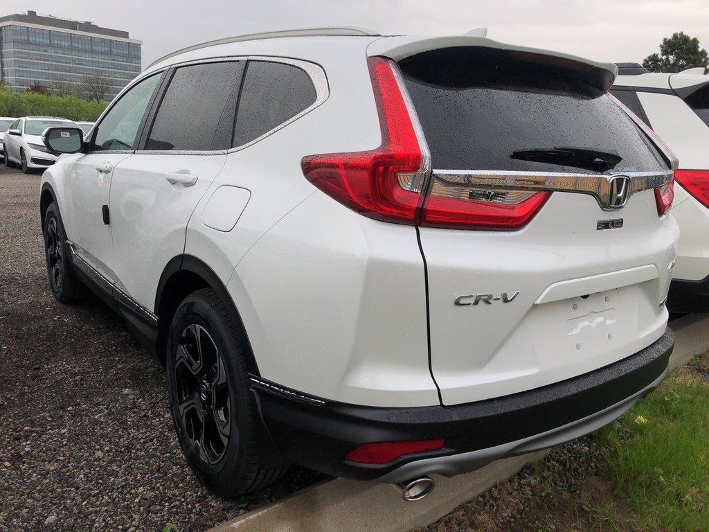 2019 Honda CR-V Touring AWD CVT in Mississauga, Ontario - 5 - w1024h768px